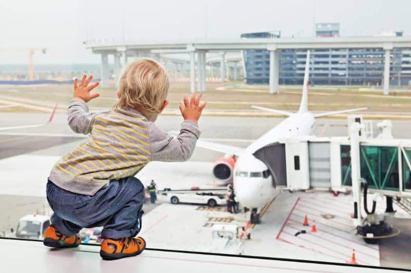 Fliegen mit Kleinkind