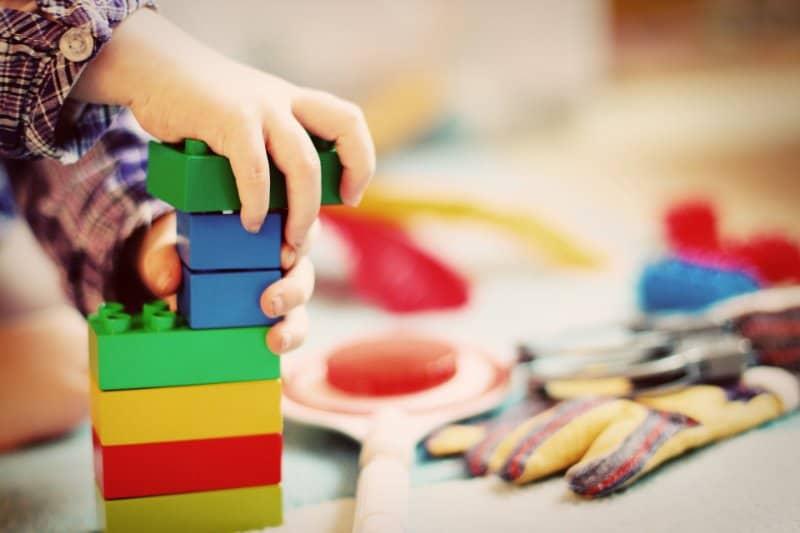 Spielzeug für 2-jährige Jungs