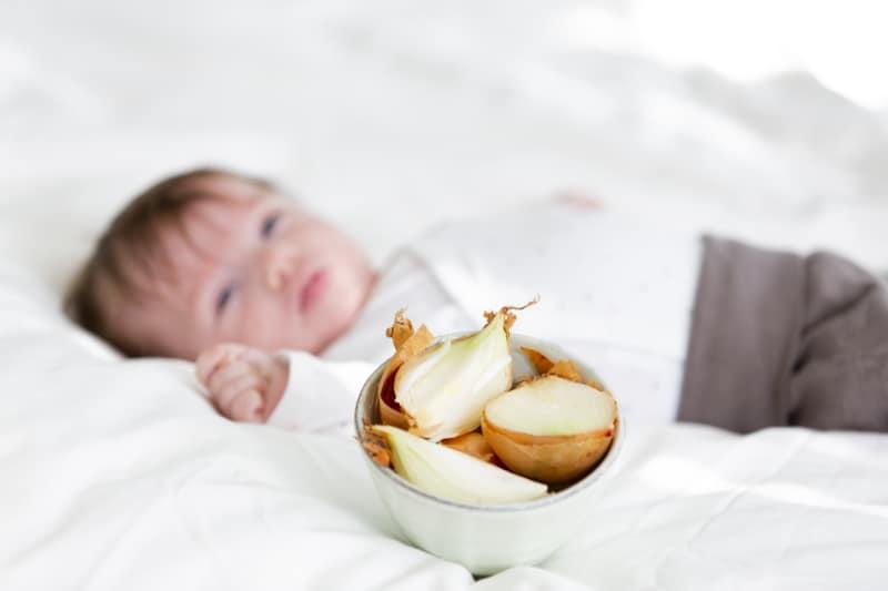 Baby Schnupfen Zwiebelsäckchen