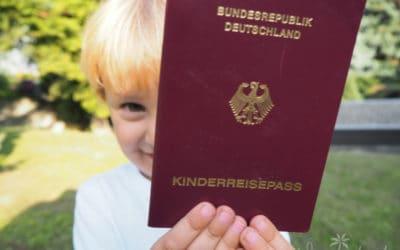 Kinderreisepass beantragen – Dokumente, Kosten, Ablauf